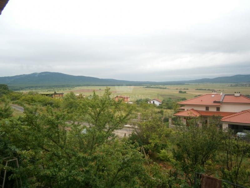 двухэтажный дом в Болгарии в 2 км. от моря