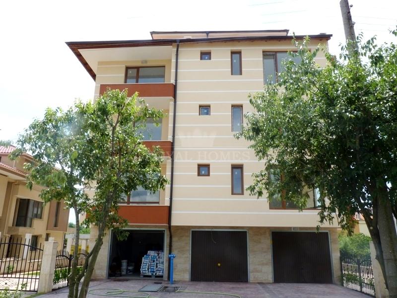 Купить недвижимость в Болгарии на море для круглог