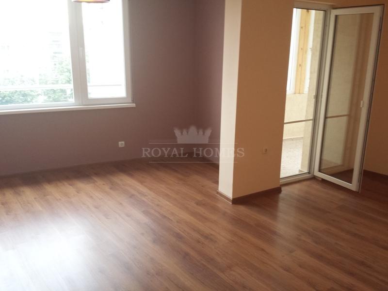 Уютная трехкомнатная квартира в Болгарии на море д