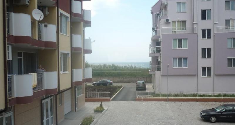 Трехкомнантая квартира в Болгарии в 50 м. от моря