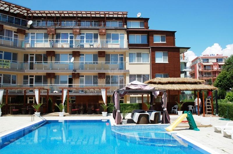 Недвижимость в Болгарии Дом в поселке область