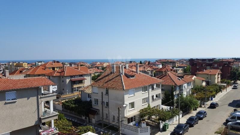 Недвижимость в Болгарии на море в Равда.