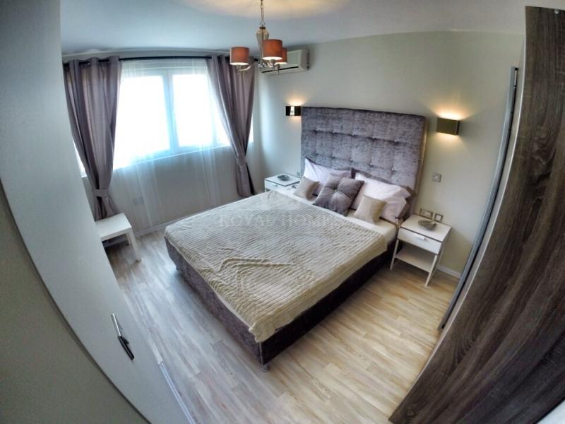 Трехкомнатная квартира в Болгарии на берегу моря
