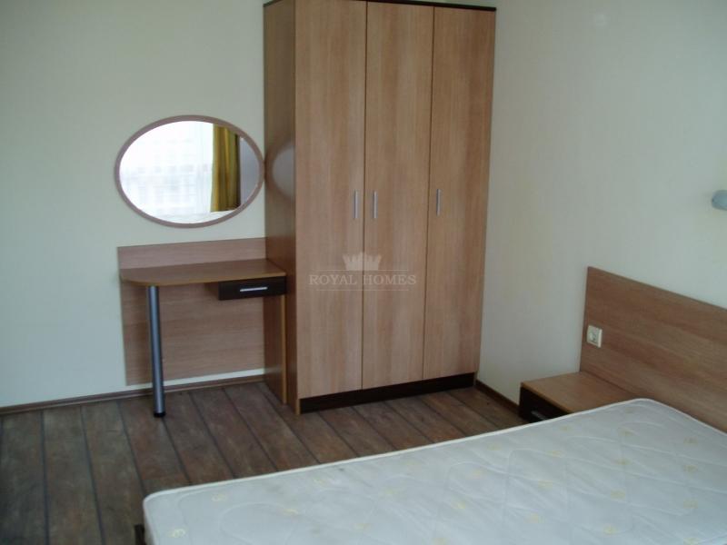 Недорогая двухкомнатная квартира на продажу в Несе