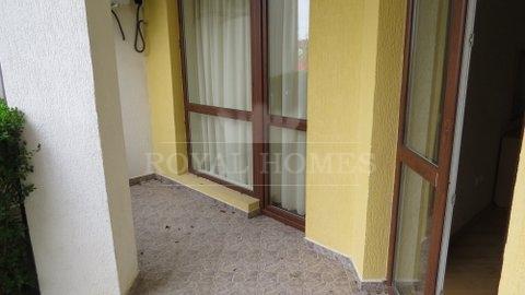Меблированная квартира на продажу на первой линии