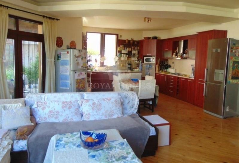 Недвижимость около моря в Сарафово.