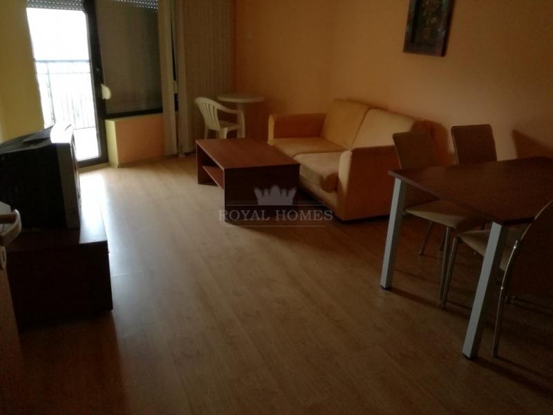 Двухкомнатная квартира около моря в Болгарии.