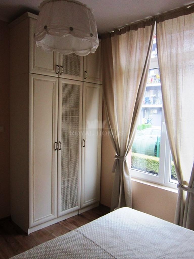 Трехкомнатная квартира на продажу в Болгарии около