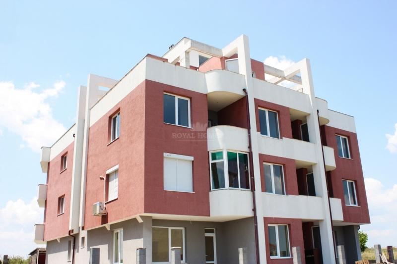 Недвижимость в Болгарии в Равде.