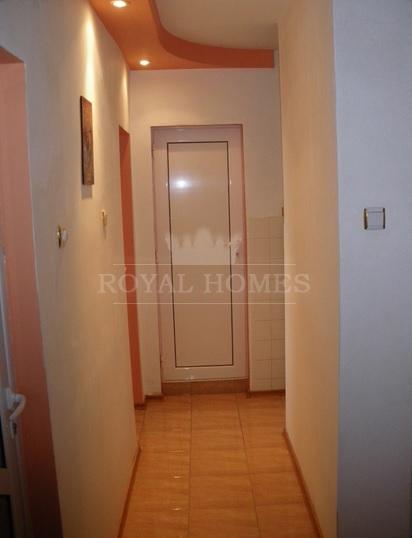 Четырехкомнатная квартира на продажу в Помории.
