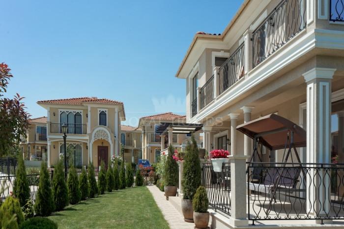 Элитная недвижимость в районе Бургаса.