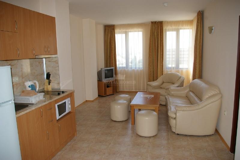 Квартиры с мебелью на продажу в метрах от моря.