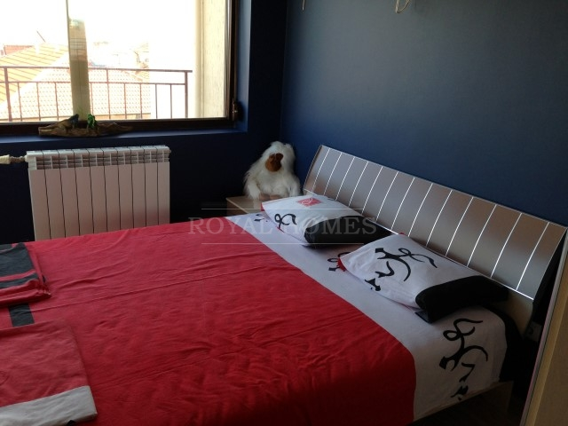 Меблированная трехкомнатная квартира в Помории.