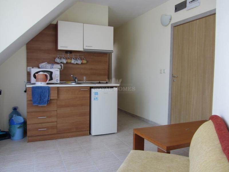 Дешевая двухкомнатная квартира в Болгарии.