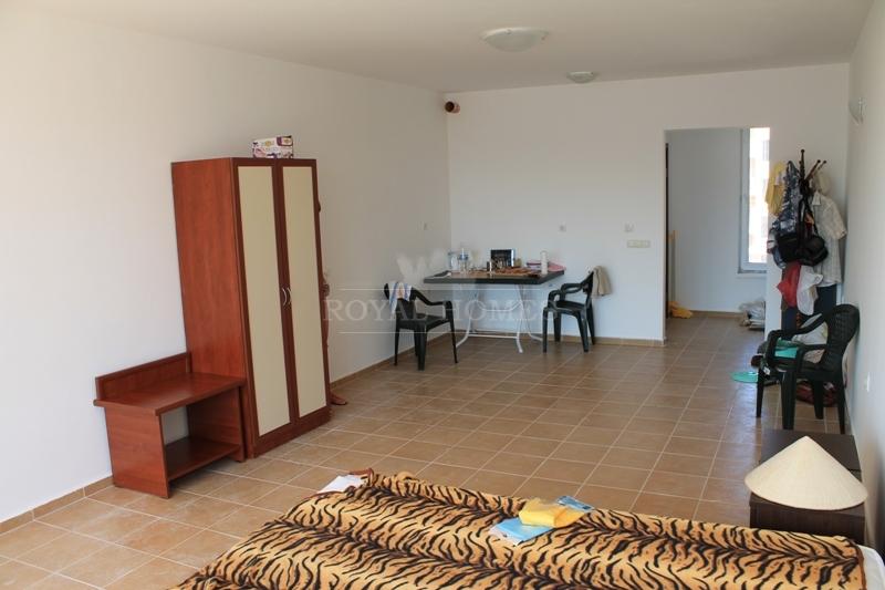 Квартира в Поморие без таксы поддержки.