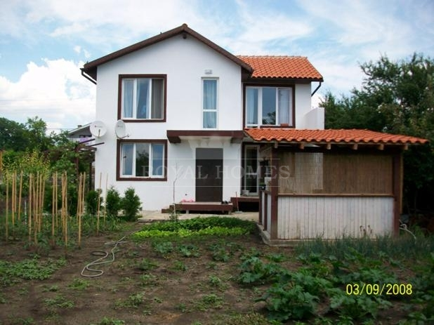 Недвижимость в Болгарии в деревне Польский Извор.