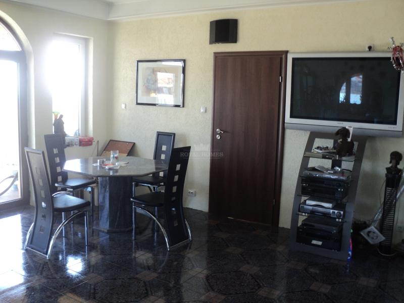 Дом в Болгарии. Недвижимость класса Люкс по выгодн
