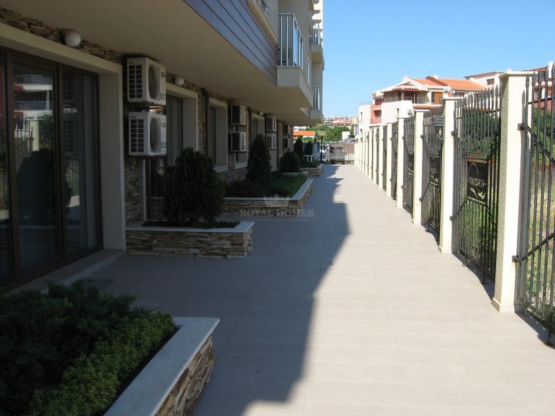 Недвижимость  в Болгарии на первой линии моря.