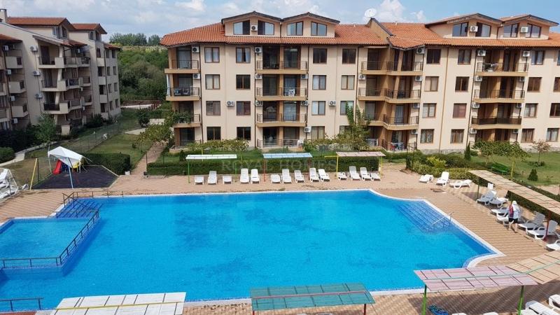 Квартира в Болгарии на первой линии моря.