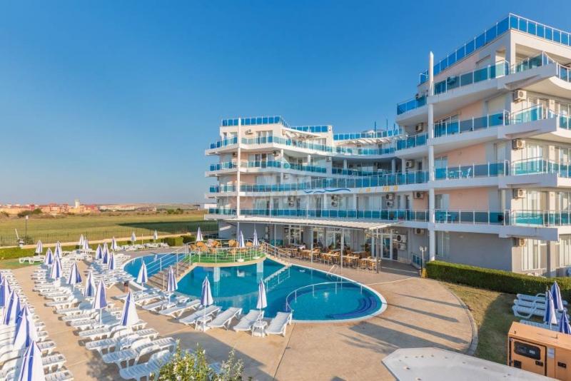 Недорогие квартиры в Болгарии в комплексе Costa Ca