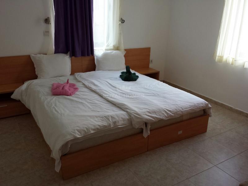 Квартира в метрах от яхт пристани Марина Диневи.