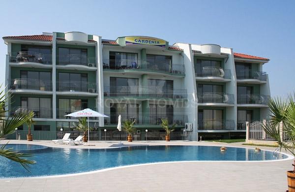 Апартаменты в Созополе на первой линии в комплексе