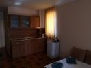 Недорогая квартира в центре Солнечного берега.