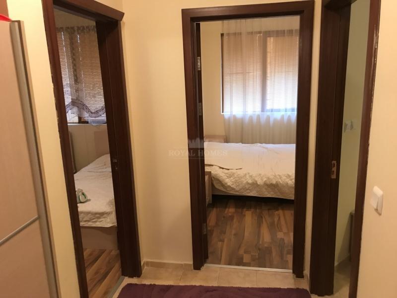 Трехкомнатная квартира в Равда недорого.