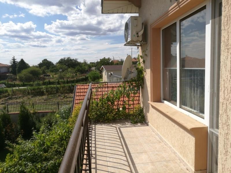 Новый дом в Болгарии в 6 км. от моря в районе Помо
