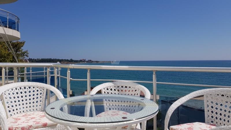 Квартира в Равда с панорамным видом.