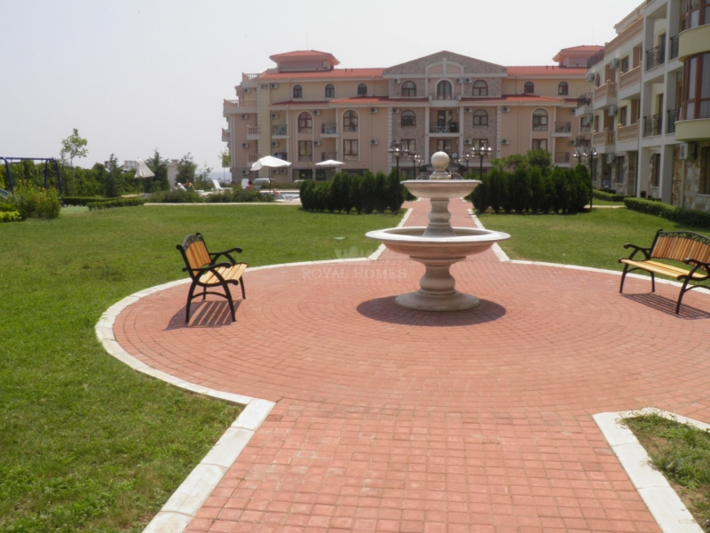 Большая квартира в Святом Власе с видом на море.