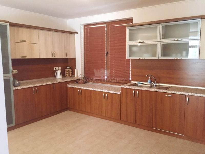 Вторичная недвижимость в Елените для круглогодичн