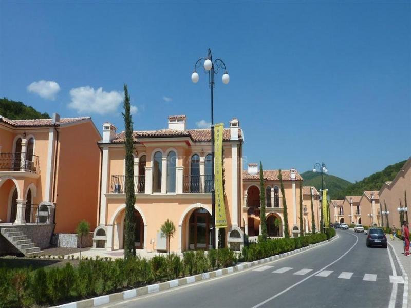Вилла в Болгарии в коттеджном поселке Виллы Романа