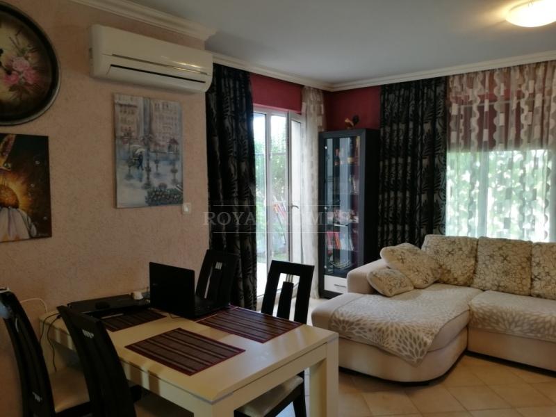 Купить дом в Болгарии с участком в коттеджном посе