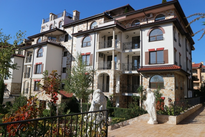 Недвижимость в Святом Власе в закрытом комплексе А