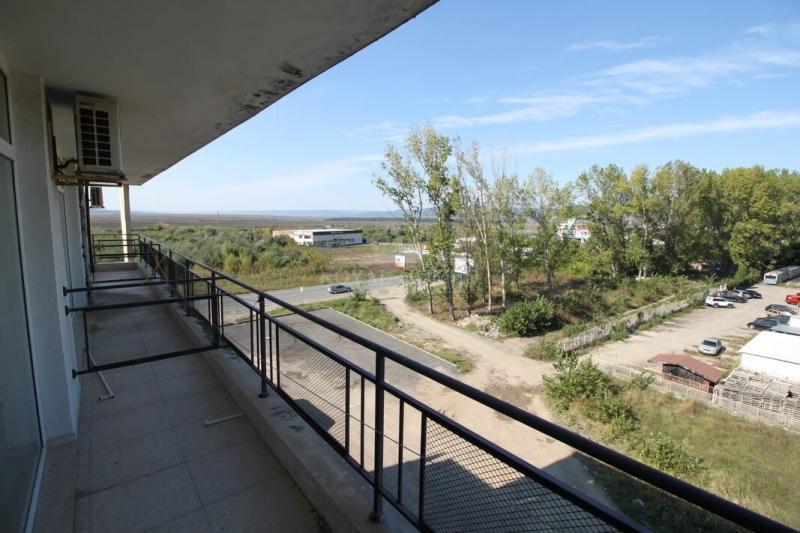 Большая студия в центре Солнечного берега.