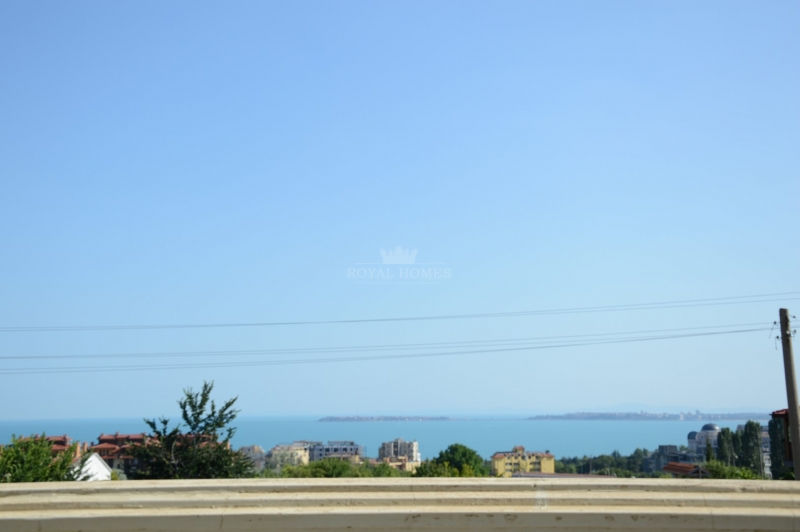 Вилла в Святом Власе на берегу моря.