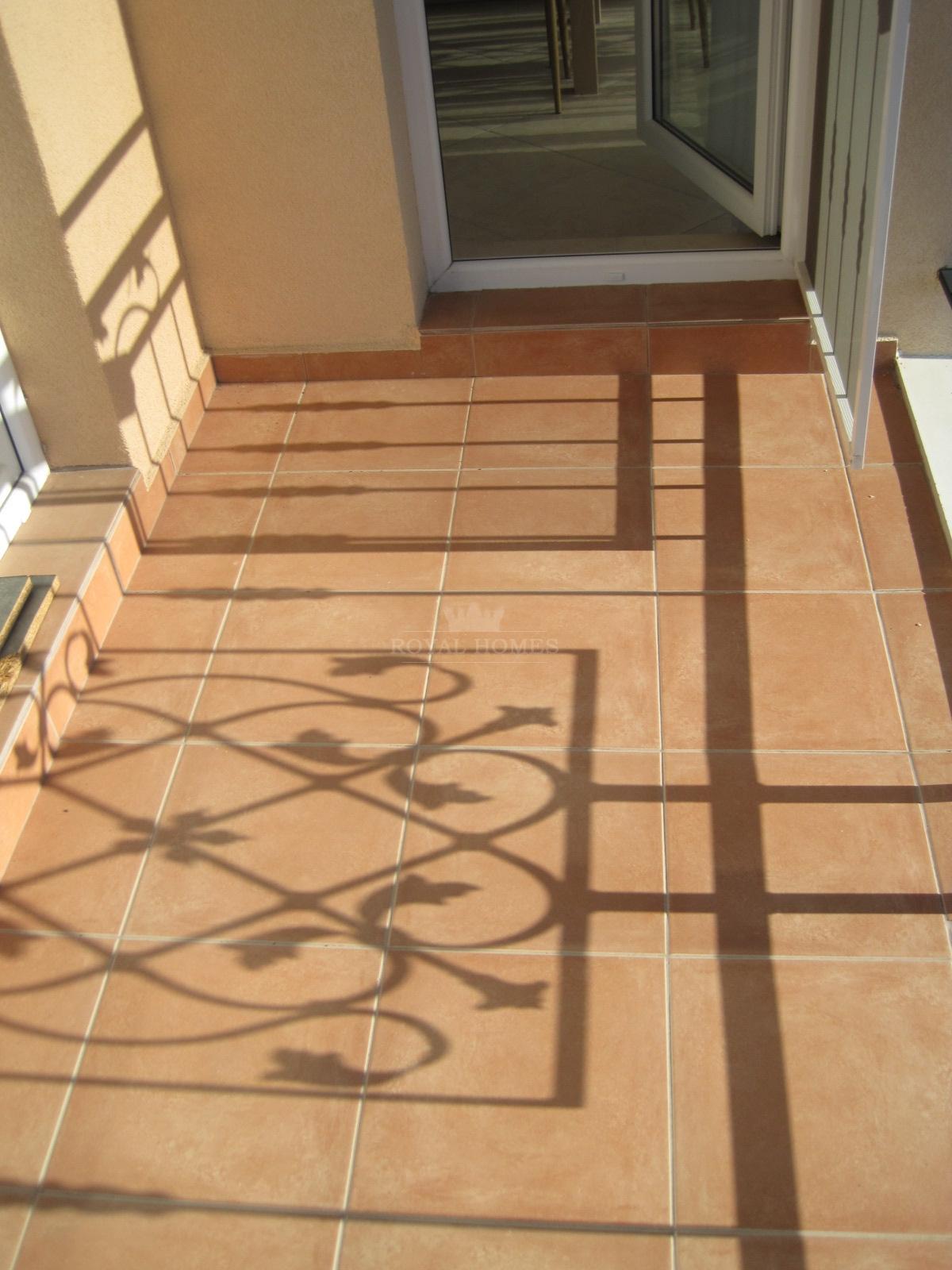 Вторичная недвижимость на Солнечном берегу в район