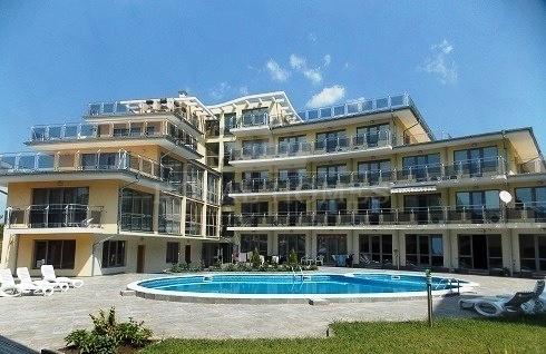 Вторичная недвижимость в Равда с видом на море.