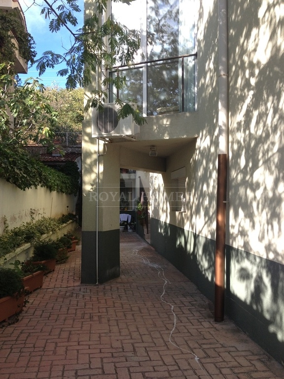 Продается двухкомнатная квартира в Святом Власе не