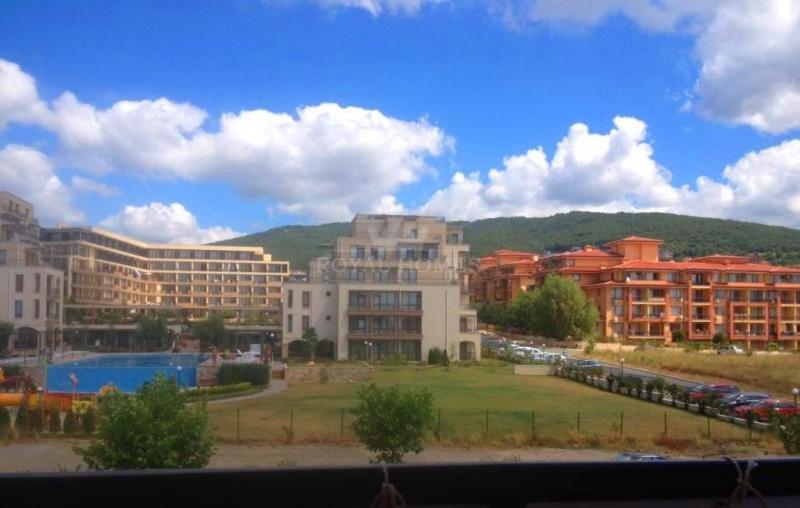 Недорогая квартира в Болгарии в комплексе Панорама