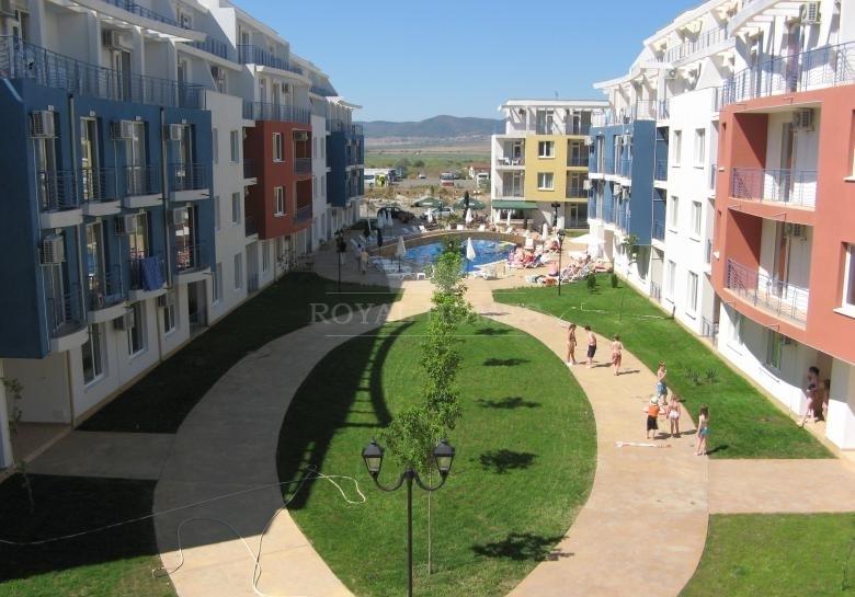 Недорогая квартира на Солнечном берегу.