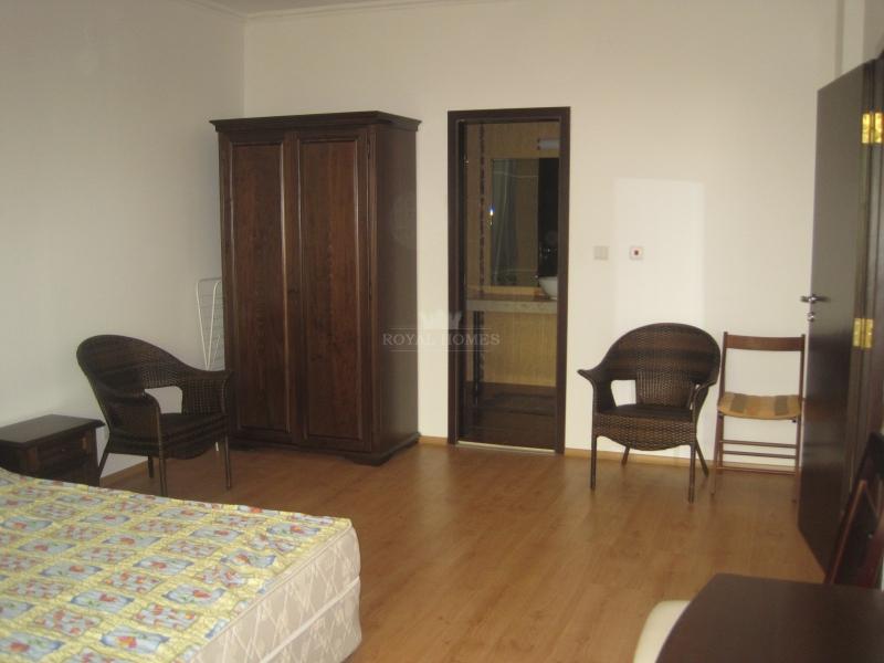 Купить квартиру в центре Солнечного Берега  для сд
