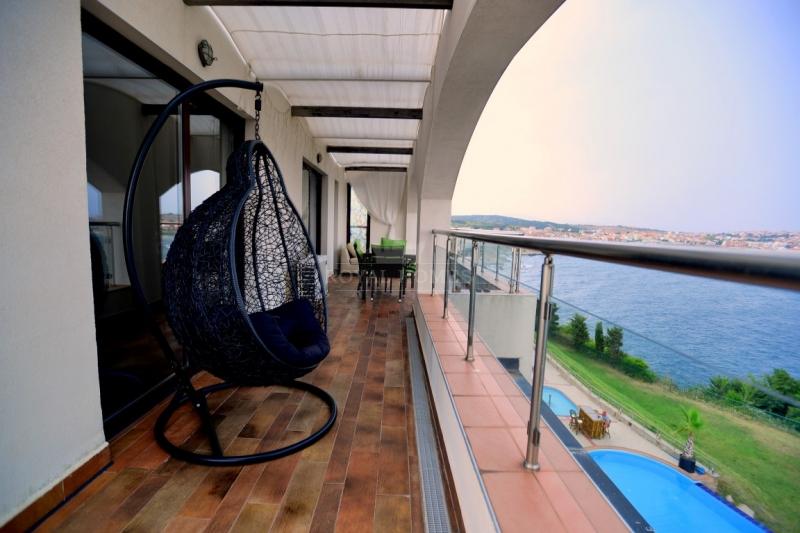 Элитная недвижимость в Болгарии на первой линии  м