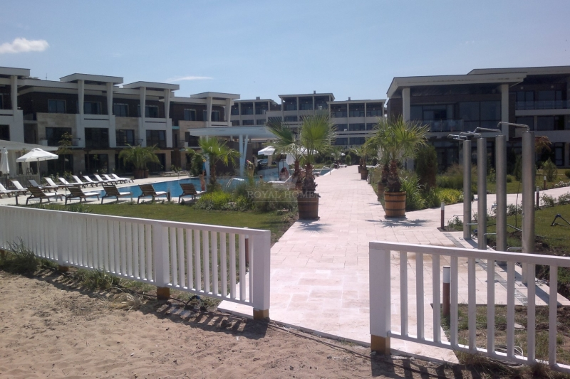 Квартира в Болгарии в комплексе Apolonia Resort.