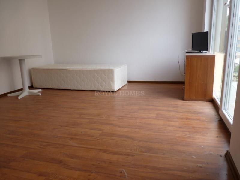 Дешевая квартира на Солнечном берегу недалеко от м