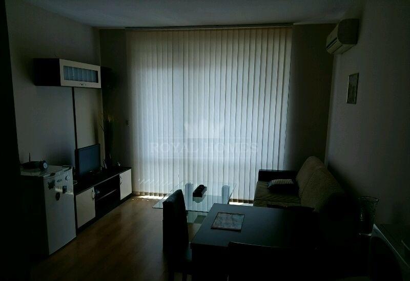 Двухкомнатная квартира на Солнечном Берегу с видом