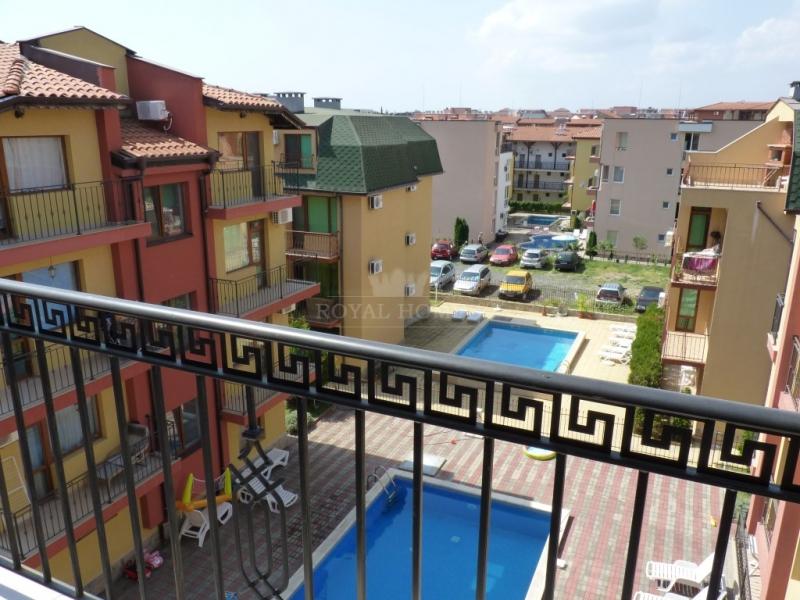 Дешевая квартира в Несебр на берегу моря.
