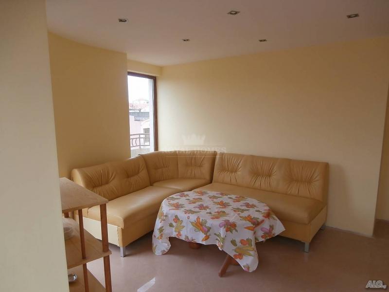 Купить квартиру в центре старого города Поморие с