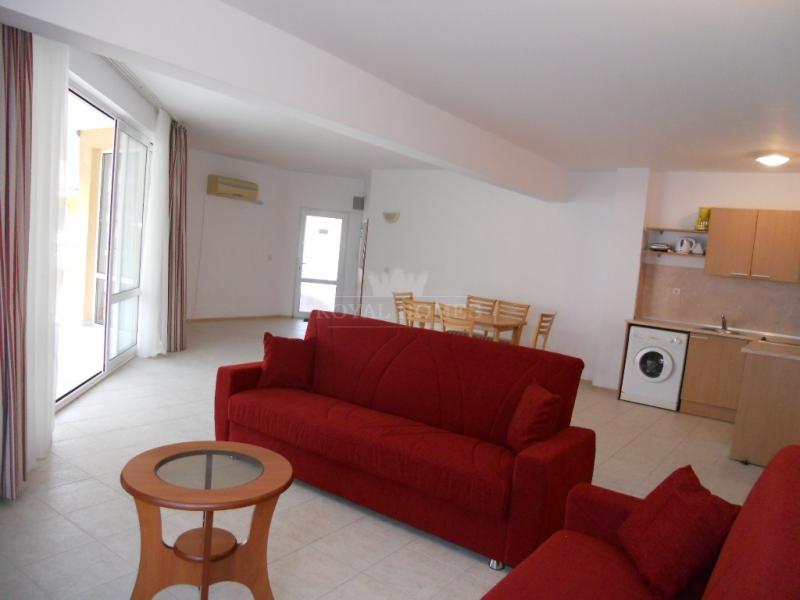 Продается многокомнатаня квартира в  Болгарии в ко
